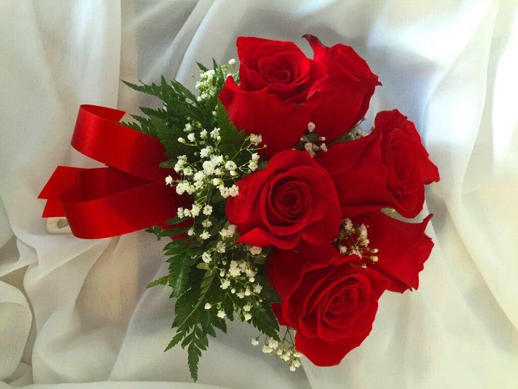 Bouquets a little white wedding chapel below are just some of the bouquets you can include in your ceremony mightylinksfo
